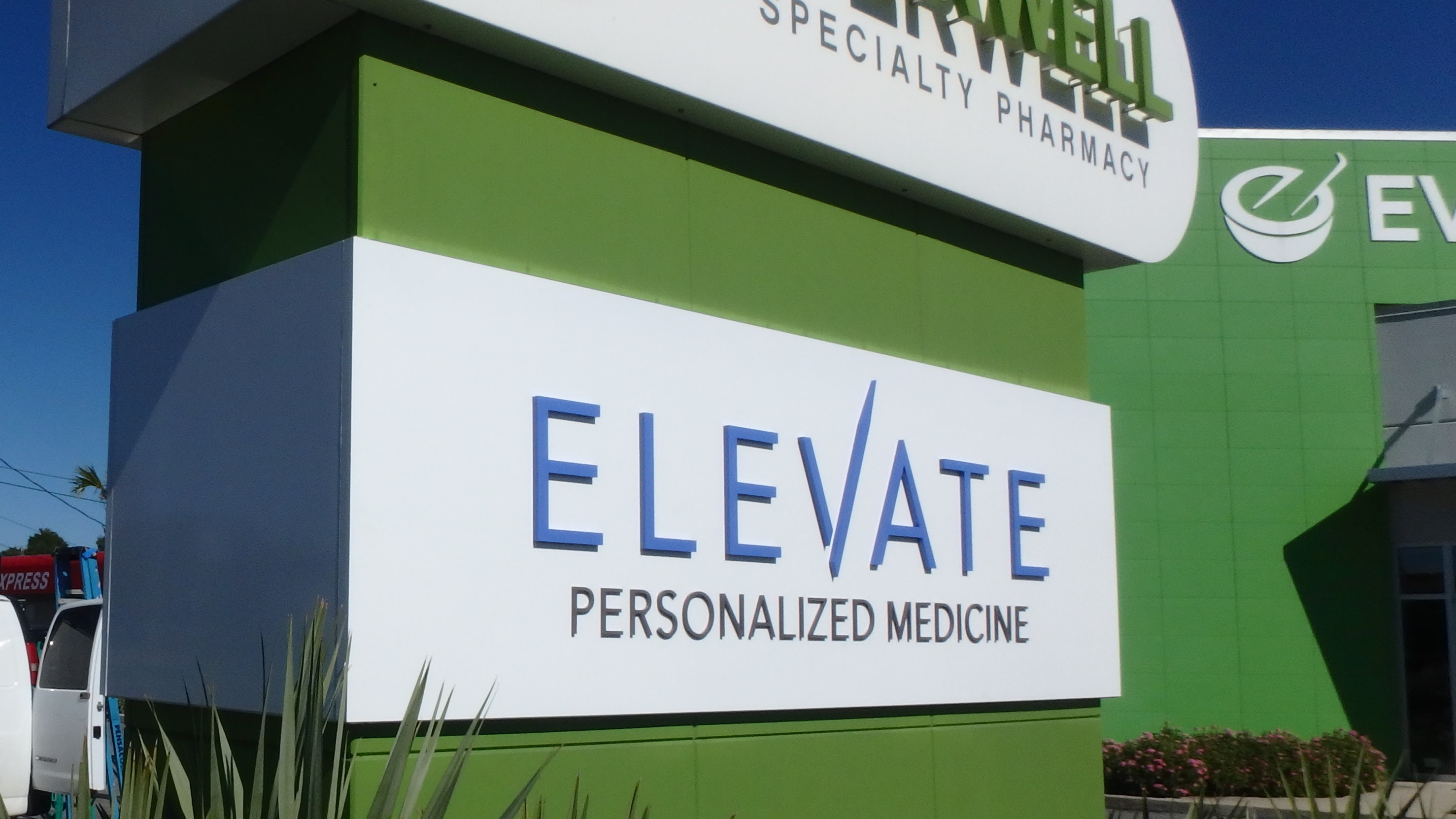 Architectural signage for Everwell Pharmacy - signgeek