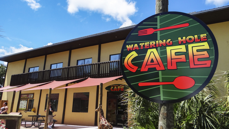 Branded exterior wayfinding signage for the Gulf Breeze Zoo cafe - Signgeek Branded Environments