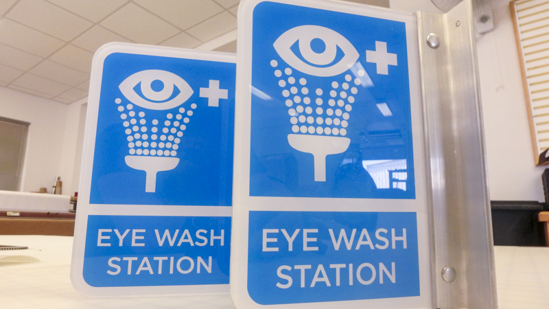 Eye wash station signage. Manufactured and installed by Signgeek.